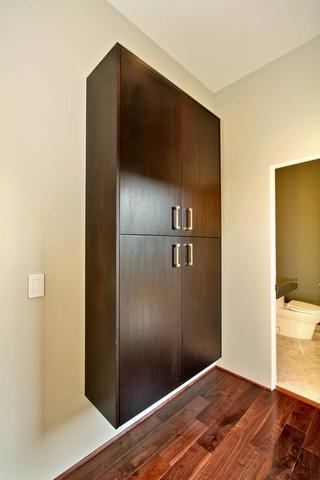 现代风格别墅欣赏衣柜