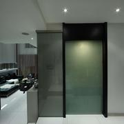 现代复式豪宅室内门