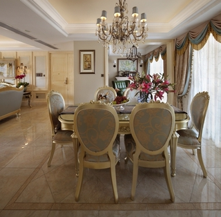 欧式餐厅餐桌摆放图 打造美好家居氛围
