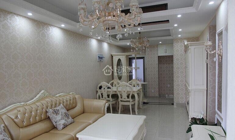 乳白色欧式家具配什么颜色墙纸