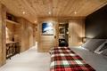 美式风格住宅套图卧室侧面图