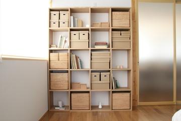 白色日式风格两居欣赏书房设计