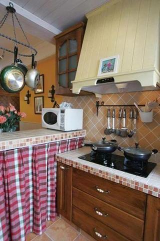 72平美式乡村两居室欣赏厨房橱柜