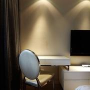 温暖自然 简约卧室书桌组合柜装修图