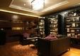 欧式风格设计酒柜沙发背景