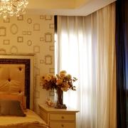 新古典样板间卧室窗帘