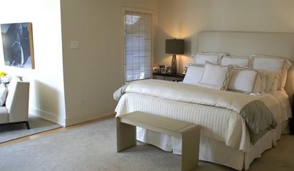 现代风三居室案例住宅欣赏卧室室内门