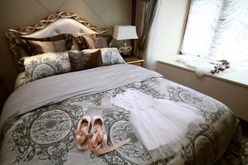 87平贵气美式三居室欣赏卧室飘窗