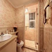 卫生间墙地砖装修效果图 简约四口之家