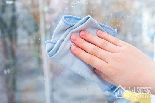 家里的推拉窗脏的不行 这样清洁立马干干净净