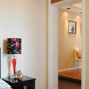 现代简约样板间室内门
