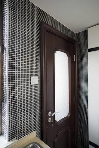 新古典低调奢华欣赏卫生间室内门