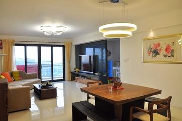 120平简约四室两厅装修案例