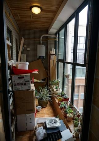 99平简约三居室案例欣赏阳台